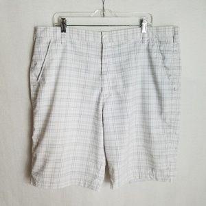 Under Armour Mens Sz 40 Plaid Casual Golf Shorts